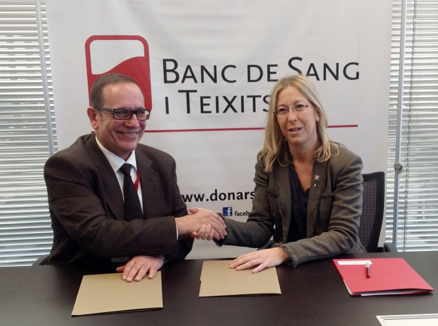 Enric Arguelagués and Neus Munté signed a collaboration agreement to promote donations